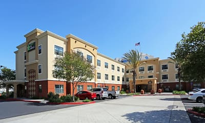 Building, Furnished Studio - Orange County - Huntington Beach, 0