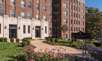 The Metropolitan Apartments, 1