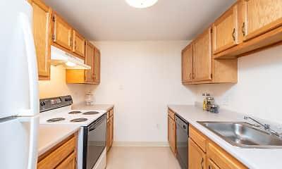 Kitchen, Carlton Oaks, 1