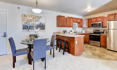 Dining Room, Kings Pointe Senior Apartments, 0