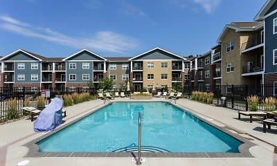 Pool, Sierra Pointe, 2