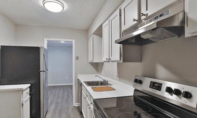 Kitchen, Greenville 105, 2