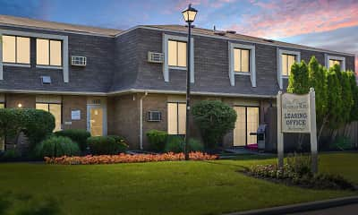 Wyndham Ridge Townhomes, 1