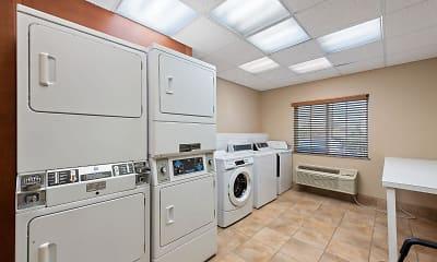 Storage Room, Furnished Studio - Houston - IAH Airport, 2