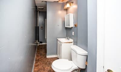 Bathroom, Essex Pine Walnut, 2