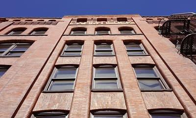 Building, Bloc 12, 1