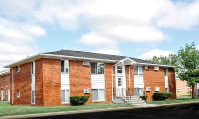 Building, Brockport Crossings, 1