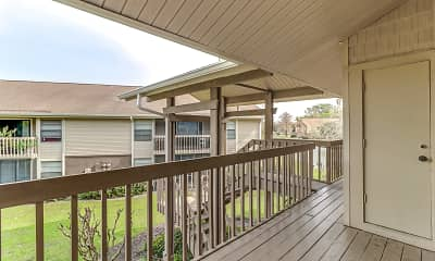 Patio / Deck, Sanford Landing, 2