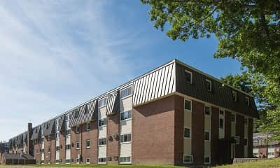 Building, Rockingham Village Apartments, 2
