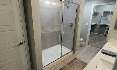 Bathroom, Beacon on Westmoreland, 2