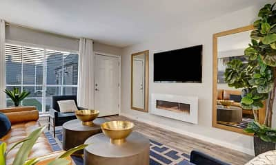 Living Room, The Heights at 4300 Apartments, 1