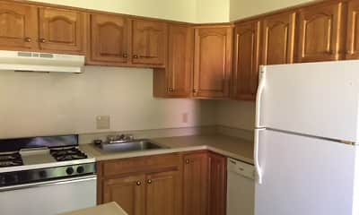 Kitchen, Brambury Ridge Apartments, 1
