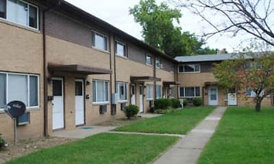 Springcrest Apartments, 1
