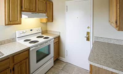 Kitchen, Williamsburg Court Apartments, 1