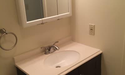 Bathroom, Washington Green, 2