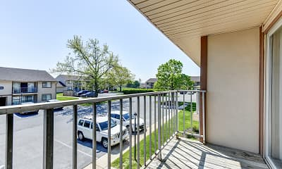 Patio / Deck, Rolling Hills Apartments, 2