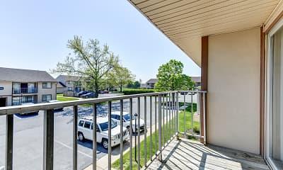 Patio / Deck, Rolling Hills Apartments, 2