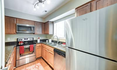 Kitchen, Edwards Mill Townhomes and Apartments, 2