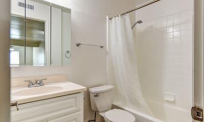 Bathroom, Carmel Park Apartments, 2