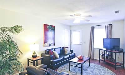 Living Room, Market 100, 1