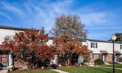 Building, Okemos Station Apartments Townhomes, 1