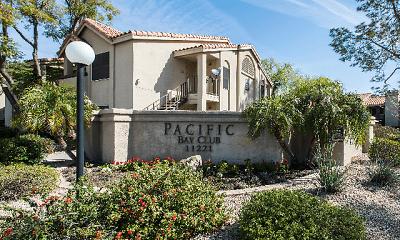Pacific Bay Club, 2