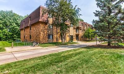 Building, Bridgewood Estates, 1