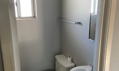 Bathroom, Broadway Arms, 2
