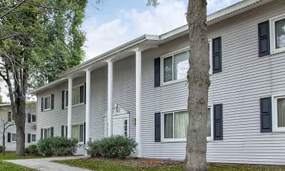 Building, Park Ridge Apartments, 1