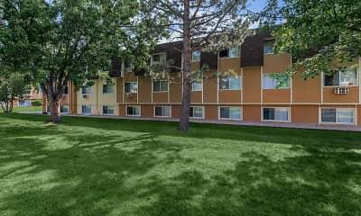 Building, Pine Crest Apartments, 0