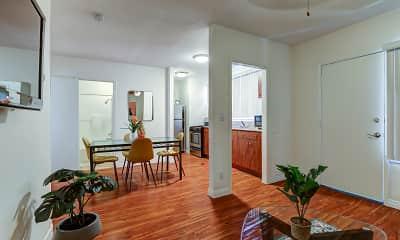 Living Room, Hollywood Off Vine, 1