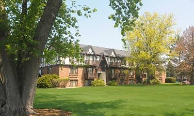 Building, Briarwood, 1