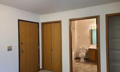 Bathroom, Green on 10th, 1