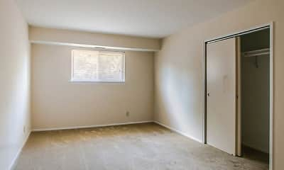 Bedroom, Woodmere Apartments, 2