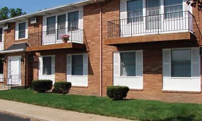 Building, Eastown Villa Apartments, 1