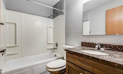Bathroom, Scandia Woods, 2