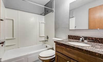 Bathroom, Scandia Woods, 2