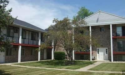 Building, Oak Hill Apartments, 0