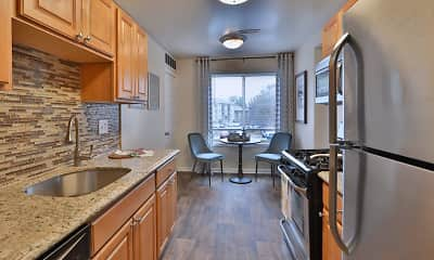 Kitchen, Chesapeake Glen Apartment Homes, 1