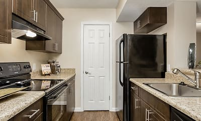 Kitchen, Tuscany Pointe at Somerset Apartment Homes, 0