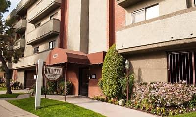 The Hallmark Apartments, 0