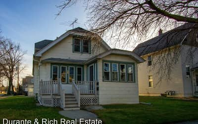 Houses For Rent In South Milwaukee Wi Rentals Com