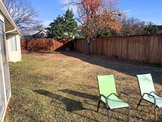 9 Backyard.jpg
