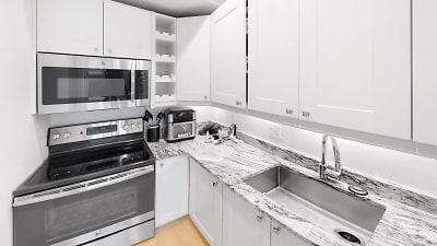 296-Beacon-St-Kitchen.jpg