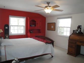 Bedroom+2+-+1.jpg