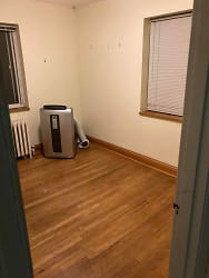 2ndbedroom.jpg