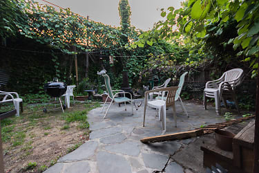 Garden (7 of 9).jpg