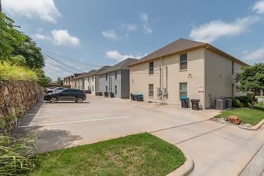 2701 McCart Ave Fort Worth Unit 201 MLS-26.jpg