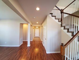 (#C6701) front hallway.jpg