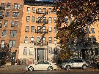 Building on Edgecombe Avenue.jpeg
